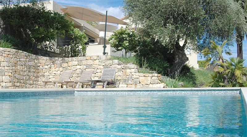Espace piscine bien tre saunas hammams jacuzzi for Piscine mouans sartoux